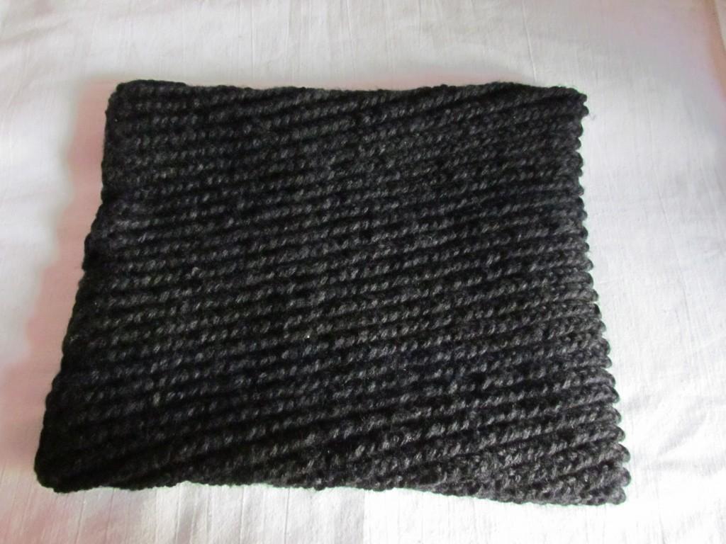 Вязание шарфа-снуда спицами (24)