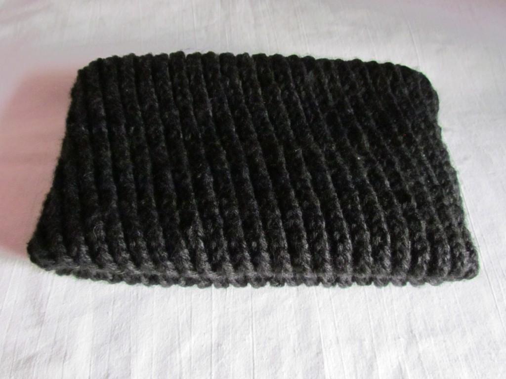 Закрепление нитки и складывание шарфа
