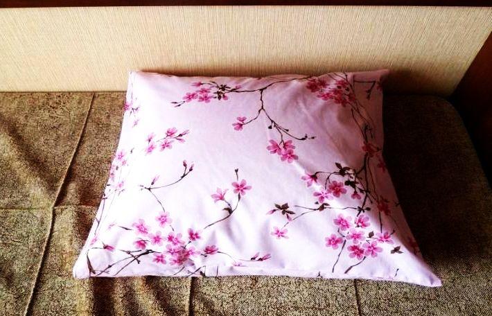 Рис. 33 - подушка с нашим бельём!