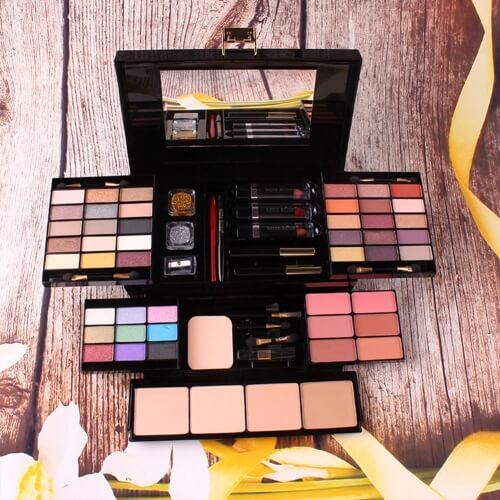 Профессиональный набор для макияжа в подарочной коробке
