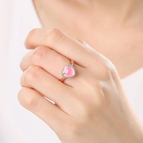 Регулируемое кольцо WEGARSTI с драгоценным камнем